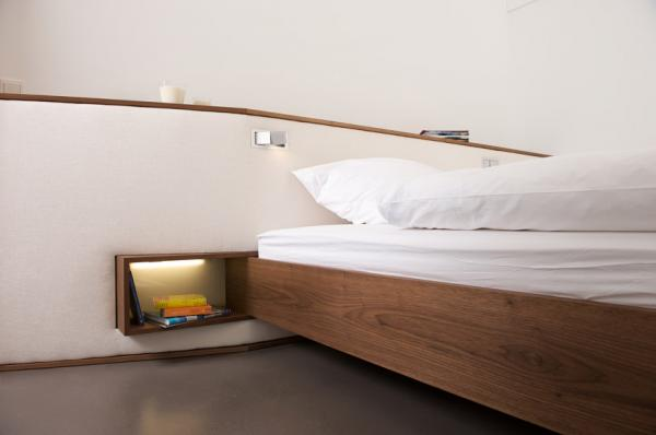 indirekte beleuchtung hinter bett. Black Bedroom Furniture Sets. Home Design Ideas